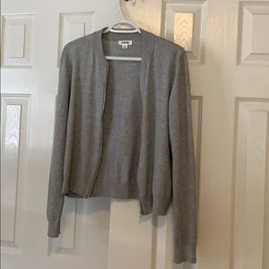 Grey sweater. New no tag